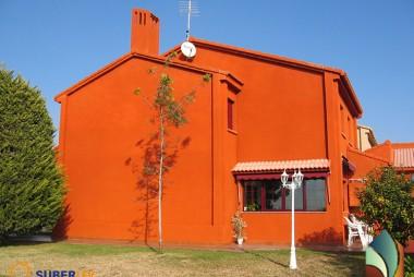 Spuitkurk gevelrenovatie kleur oranje